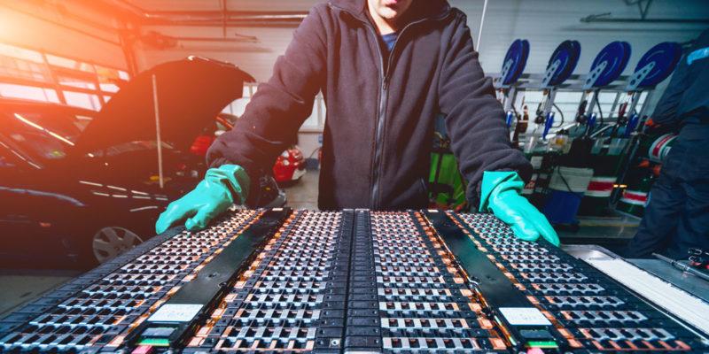 Litihium-Ionen-Akkus von Elektronfahrzeugen (Foto: romaset, fotolia.com)