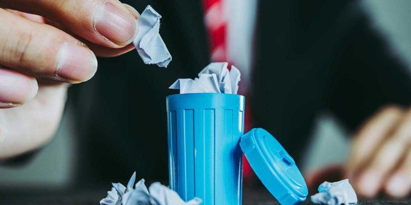 Abfallwirtschaft und Politik (Foto: bee32, iStock)