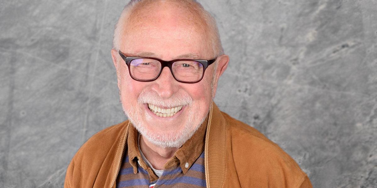 Mit mehr als 50 Jahren Erfahrung ist Hajo Busch eine Koriphäe des Gefahrgutrechts
