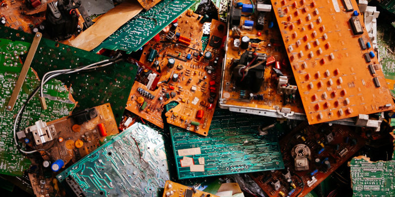 Elektronikschrott (Foto: brupsilva, iStock)