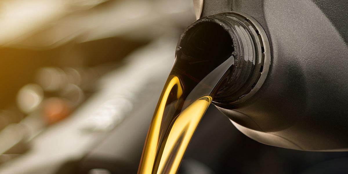 Umweltfreundliches Verfahren entfernt Öl aus Gewässern (Foto: LoveTheWind, iStock)