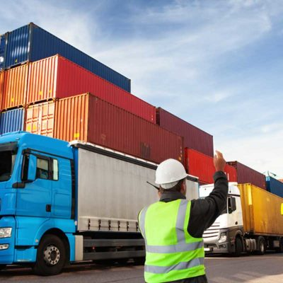 Der Hamburger Hafen zählt zu den 20 wichtigsten Containerhäfen weltweit.