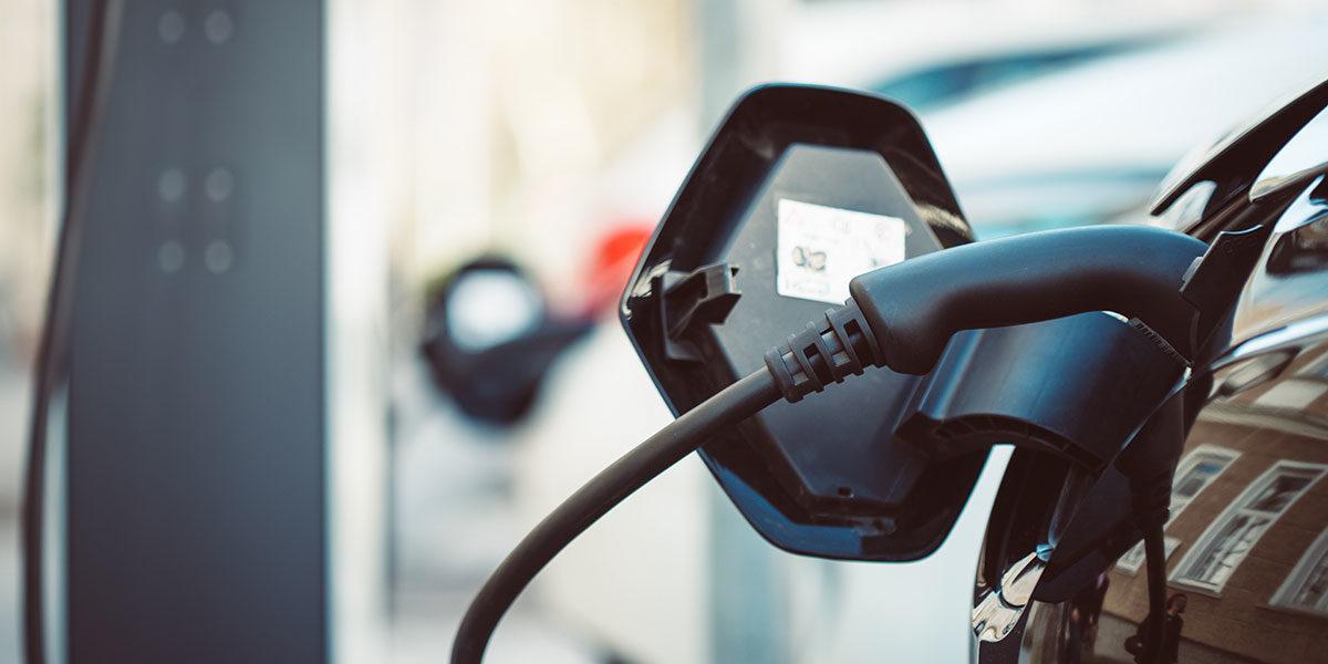 Elektromobilität ist längst mehr als nur ein Trend, immer mehr E-Autos erobern die Straßen.