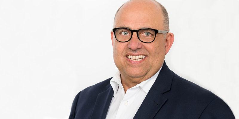Thomas Obermeier ist Ehrenvorsitzender der DGAW und Mitglied im Fachbeirat der IFAT.