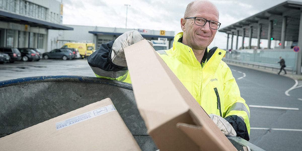 Jörg Baumgarte ist für die Abfallentsorgung am Hannover Airport verantwortlich.